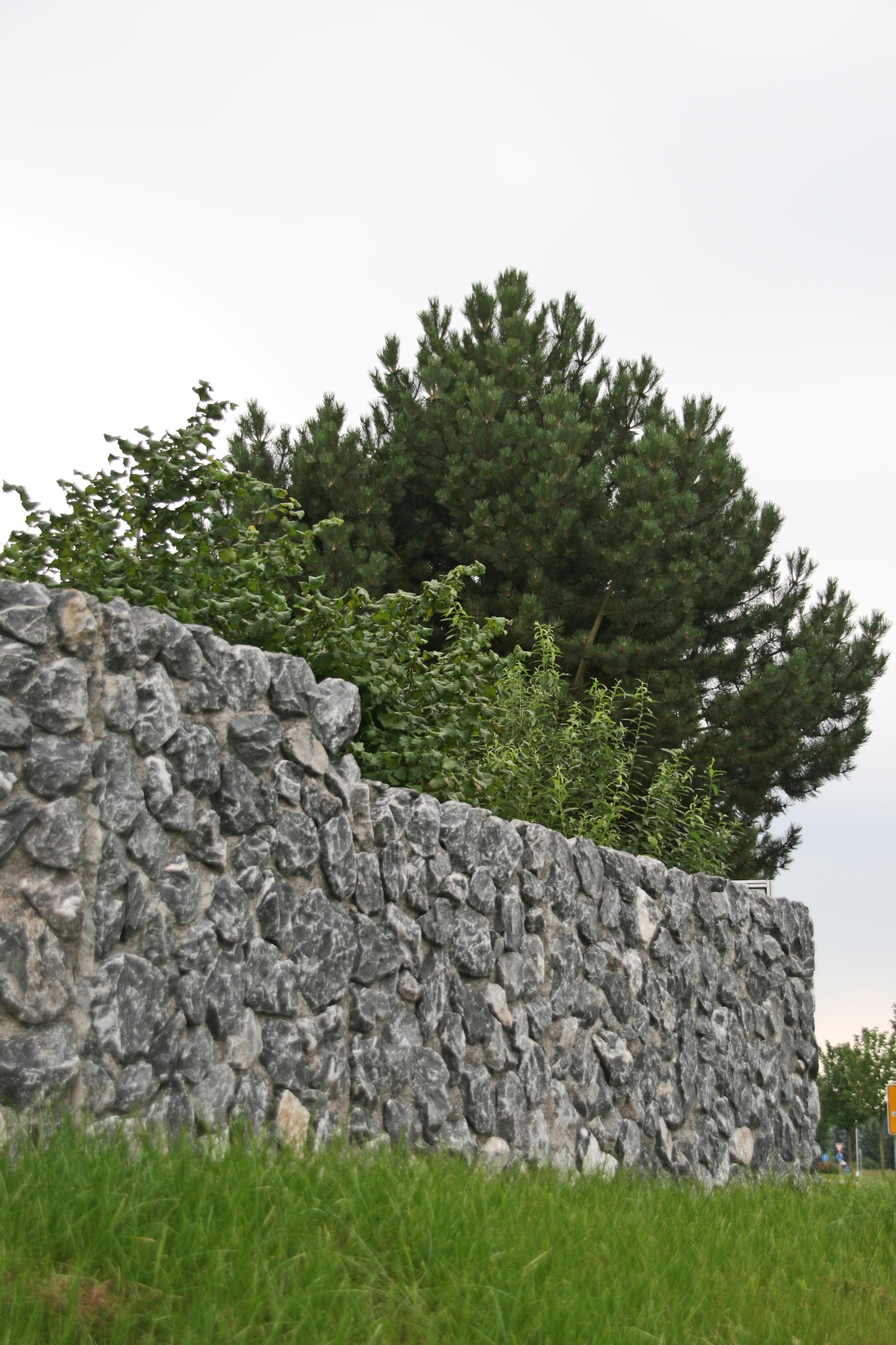 Naturstein Mauerwinkel aus Alpenstein von SELING Beton