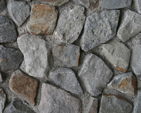 Naturstein Mauerwinkel aus Karbon-Quarzit von SELING Beton