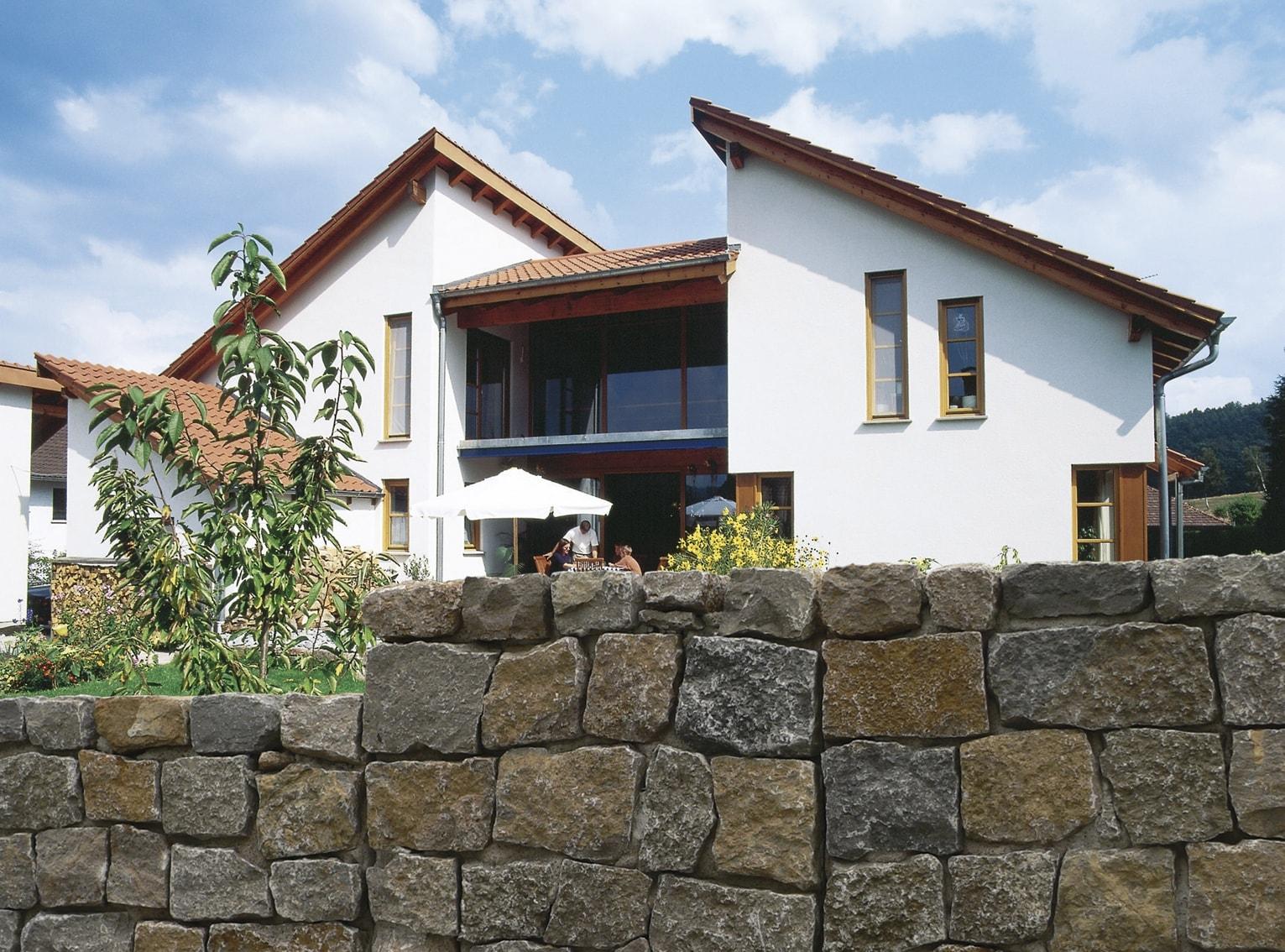 Naturstein Mauerwinkel aus Muschelkalk von SELING Beton